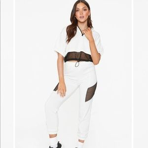 White and Black Mesh Sweatsuit Set (32DE)